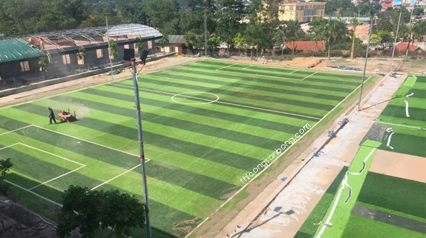 Lưu ý khi nghiệm thu sân bóng cỏ nhân tạo