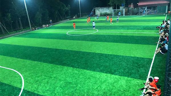 Thi công sân bóng đá 7 người tại Văn Giang
