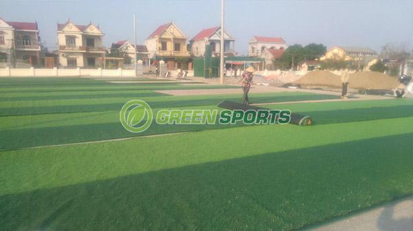 Thi công sân bóng đá 7 người tại Quỳnh Lưu - Nghệ An