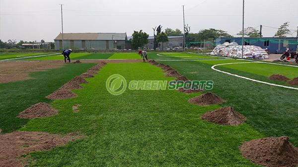Thi công sân bóng tại Hà Nội